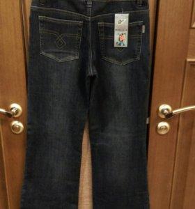 Новые женские джинсы утепленные