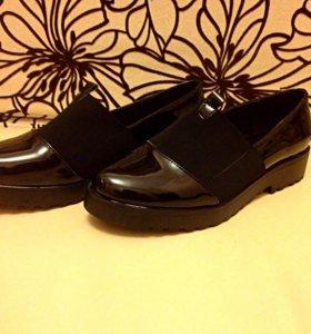 Женские ботинки,мокасины