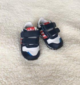 Кроссовки Adidas 19 р-р