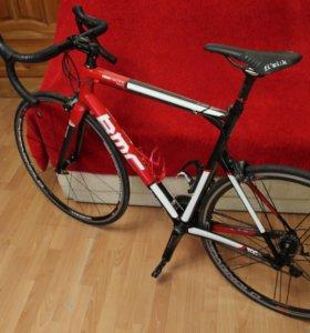 Шоссейный велосипед BMC racemachine RM01