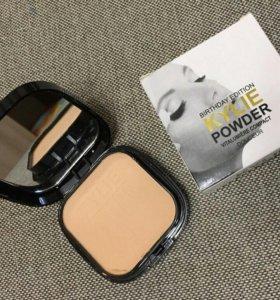 "Пудра для лица Kylie ""Birthday Edition Powder Douc"
