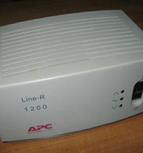 Стабилизатор APC Line-R 1200