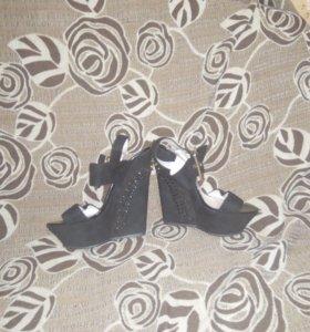 Туфли новые 36-37р-р