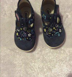 Продам , ортопедические сандали , ecco, размер 19