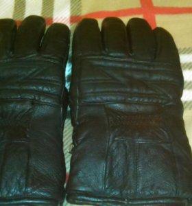 Перчатки кожаные мужские.