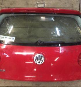 Дверь багажника Volkswagen Golf 5.