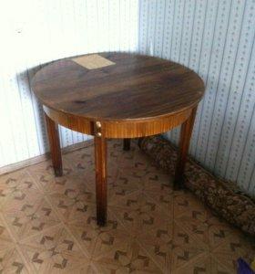 Стол с 4 стулами
