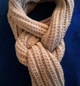 Длинный вязаный шарф ручной работы