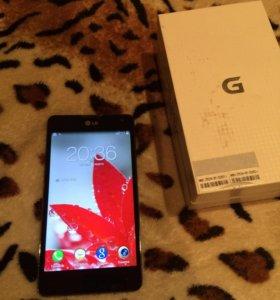 Телефон LG -E975оптимус