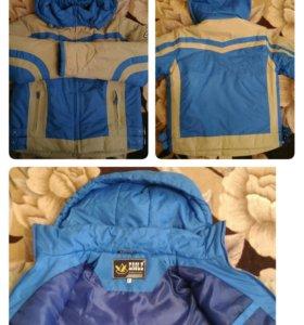 Новая весенняя куртка, рост 132-138