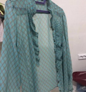 Легкая новая блузка