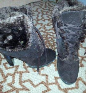 Продам зимние сапоги