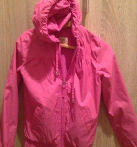 Куртка-ветровка на девочку