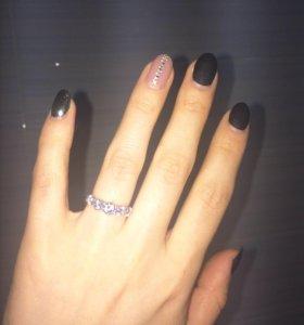 Кольцо новое серебро