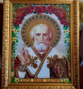 Картины и иконы бисером