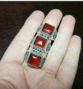 Кольцо муж  в наличии сердаликом