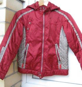 Куртка демисезонная на мальчика 8-10 лет