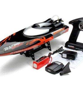 Радиоуправляемый катер Feilun FT010 Racing Boat.