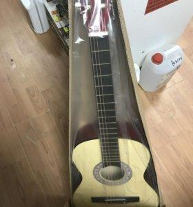 Гитара прада новая