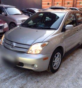 Toyota Ist 2002г 1.3л