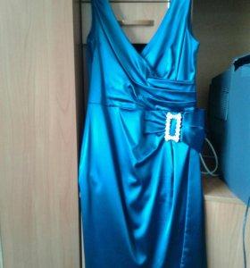 Женское платье разьмер 46-48