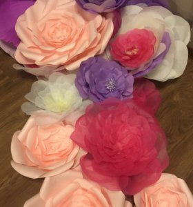 Готовые объемные цветы из бумаги.