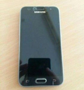 Продам телефон Samsung J1 (2016)