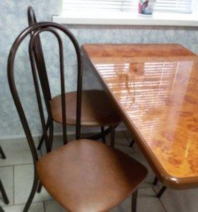 Новый Кухонный стол с стульями 4 шт