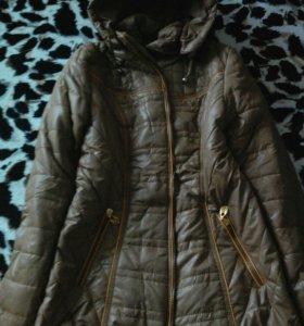 Курточка новая.