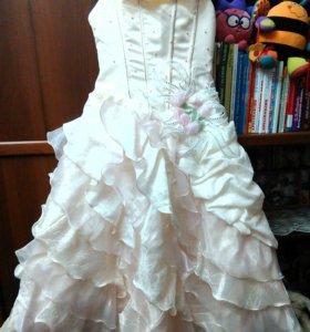 ОТДАМ нарядное платье