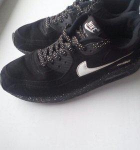 Кроссовки Nike 43р-р