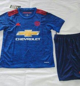 Футбольная форма Манчестер-Юнайтед сезон 16-17