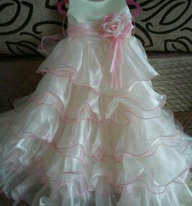 Платье для девочки на 110-116см