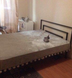 """Кровать в стиле """"хай тек"""""""