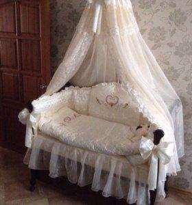 Комплект постельного белья для новорожден.