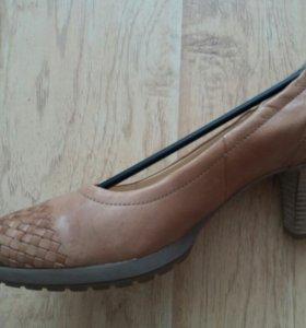 Туфли женские новые в коробке
