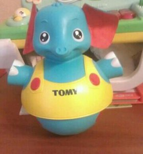 Слон tomy