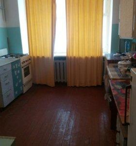 Комната 8,8 м в 5 к квартире 1 этаж в 5 этажн