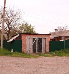 Дом в новотроицком