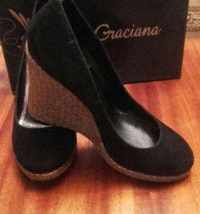 Туфли замшевые.Graciana