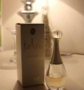 Парфюмированная вода Dior j'adore 30ml