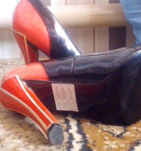Туфли  новые надевались один раз