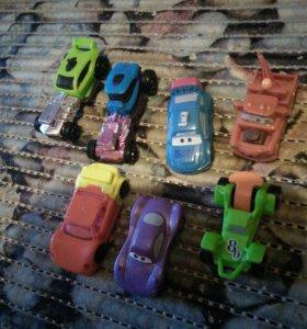 Машинки из киндеров