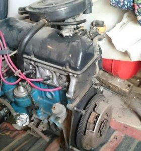 Двигатель в сборе коробка передач 4 ступка