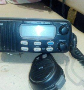 Продам радиостанцию icom морская 16 каналов