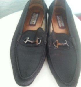 Кожанные мужские туфли.