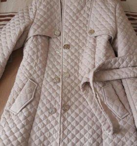 Продам удлиненную куртку весна осень