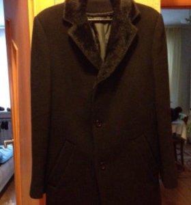 Мужское пальто весна