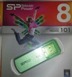 USB флеш- диск емкостью 8гб
