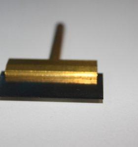 Лопатка для снятия клея со стекла телефона